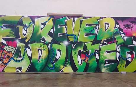 Graffito in der Stuttgarter Bahnhofshalle - FOREVER ADDICTED (to Graffiti) - Secret Walls Gallery -