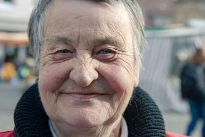 Porträt einer alten Dame, die Trott-war verkauft