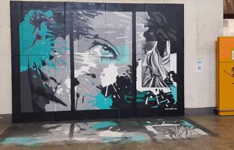Streetart - Secret Walls Gallery - Stuttgart - abstrakt - Auge mit Farbspritzern im Background