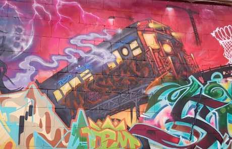 Streetart - bunt - Kunst - Stuttgarter Bahnhofshalle - Collage - Detailaufnahme - von Nico Nissen